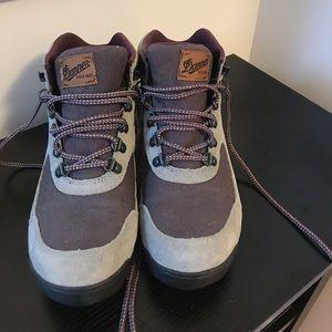 Size 9 Dannebrog Boots